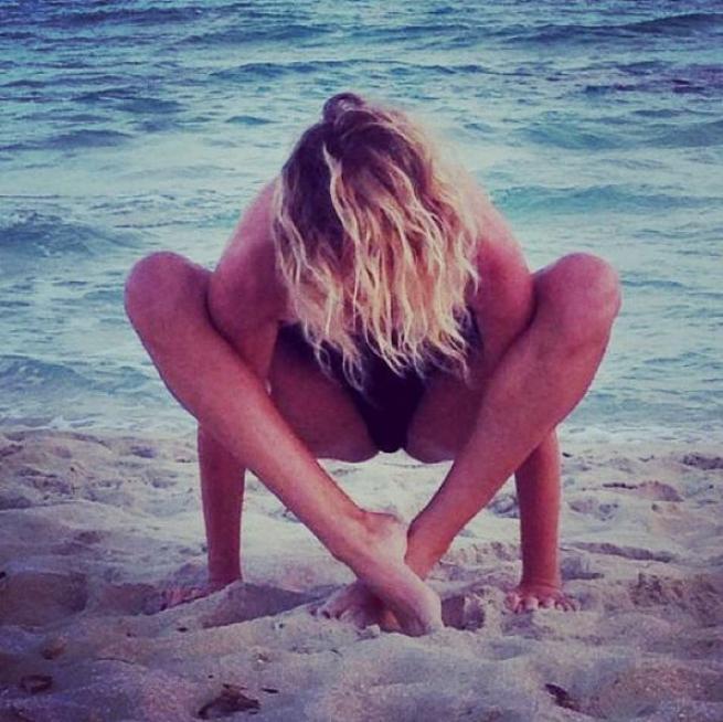 Alessia Marcuzzi yoga