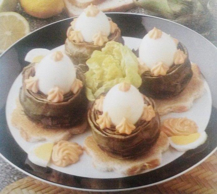 Il piatto del giorno: Uova nei carciofi