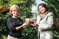 A sinistra Mary Ann Lila e a destra Elvira Gonzalez de Mejía (Foto: Kwame Ross)