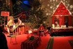 Elfi postini nella Casa di Babbo Natale