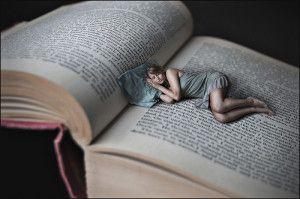 Addormentarsi sui libri