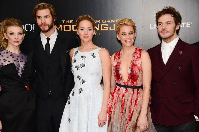 Il cast di Hunger Games per l'anteprima mondiale de Il canto della rivolta.
