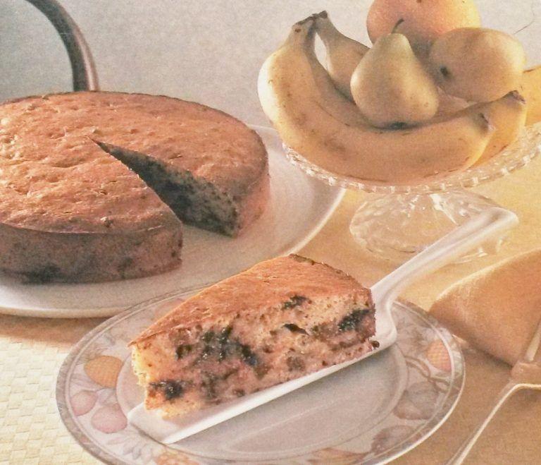Torta di banane, uvetta e cioccolato