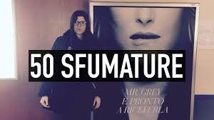 """Nella sua video-recensione, Cimdrp si è concentrata soprattutto su Anastasia, la protagonista femminile di """"50 sfumature di grigio""""."""