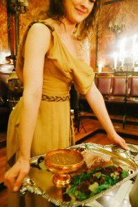 """La cena """"All men must dine"""" è stata un perfetta riproduzione del mondo di Game of Thrones"""