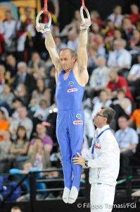 Ginnastica artistica Europei 2015: buon risultato anche per Matteo Morandi, che si piazza sesto agli anelli con un totale di 15.300 punti, a pari merito con l'armeno Artur Tovmasyan.