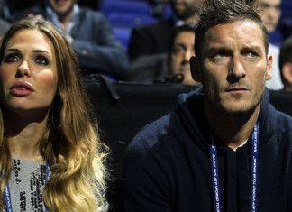 Roma - Ilary Blasi annuncia il ritiro di Totti