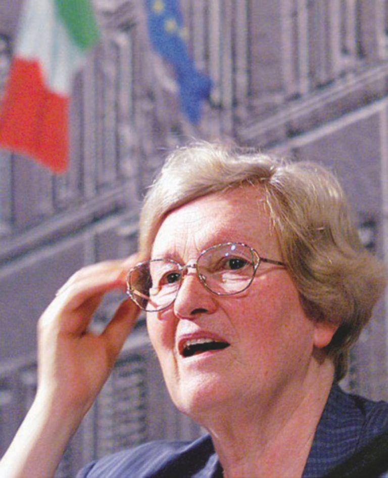 Morta Tina Anselmi, prima donna ministro in Italia