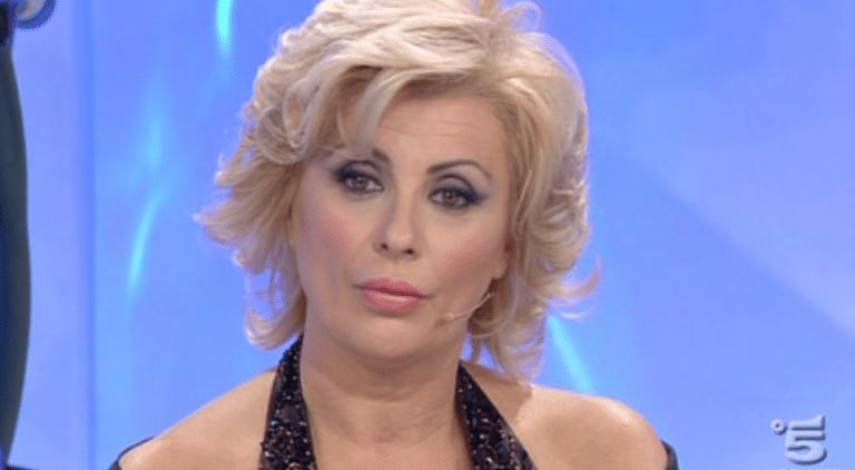 News Uomini e Donne: Tina Cipollari diventa di nuovo tronista – VIDEO