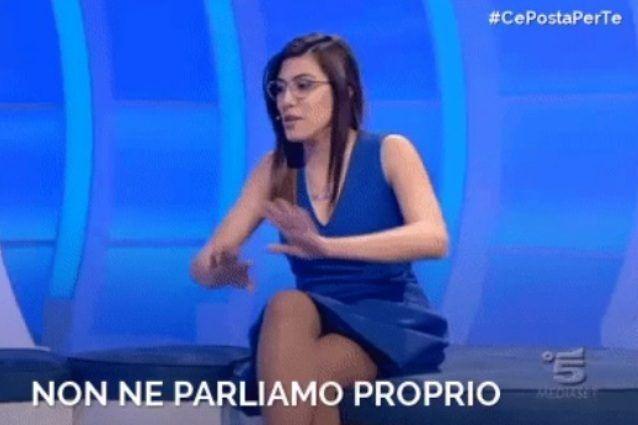 A C E Posta Per Te Roberta Conquista Il Mondo Del Web Datele Il Trono A Uomini E Donne