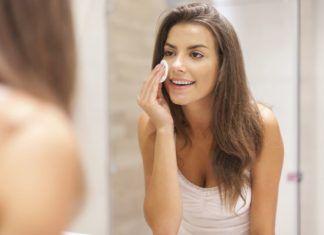 Come esfoliare la pelle del viso