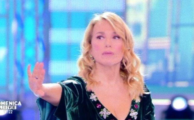 Caos da Barbara D'Urso: Elena Morali 'aggredisce' la madre di Giulia Salemi