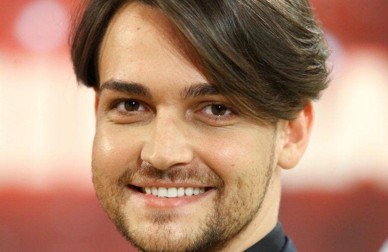 Amici: Valerio Scanu, da cantante a parrucchiere: ecco dove ha aperto il suo Salone – FOTO