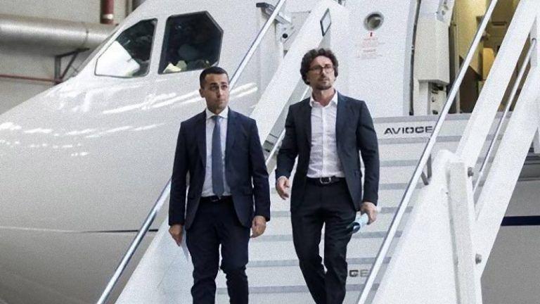 Airbus Renzi: 'Ci sono 300 posti e Renzi voleva anche camera da letto e vasca' – VIDEO