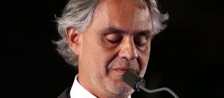 Sapevate che Andrea Bocelli ha un figlio che canta ed è simile a lui? Ecco Matteo (Foto e Video)