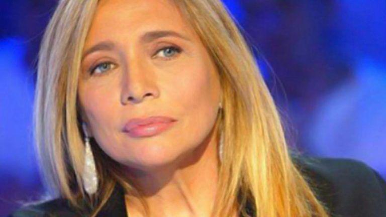 'Domenica In sospeso': problemi di salute per Mara Venier
