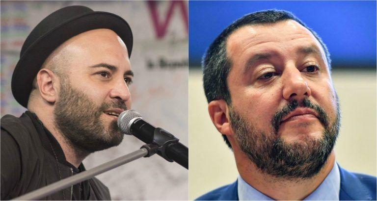Giuliano Sangiorgi dei Negramaro e il gesto di sdegno contro Matteo Salvini – FOTO