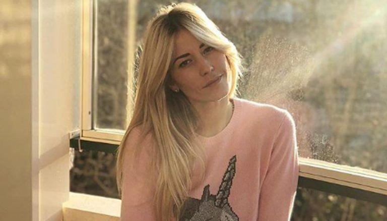 'Ha gli occhi…' Elena Santarelli, la foto con sua figlia: il triste dettaglio non sfugge ai fan