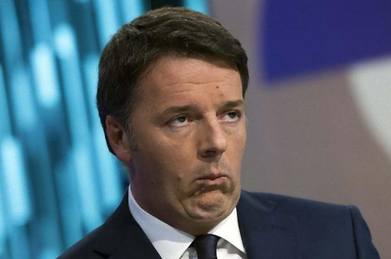 Matteo Renzi i conti in tasca non tornano: come fa a pagare? Ecco quanto guadagna e quando spende
