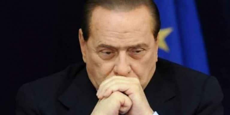 Silvio Berlusconi 'pugnalata' alla Camera: ecco cosa sarebbe accaduto al leader di Forza Italia