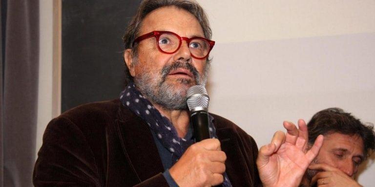 """""""Un popolo di ****"""" Toscani la vergogna in Benetton insulta gli italiani. Salvini l'asfalta così"""