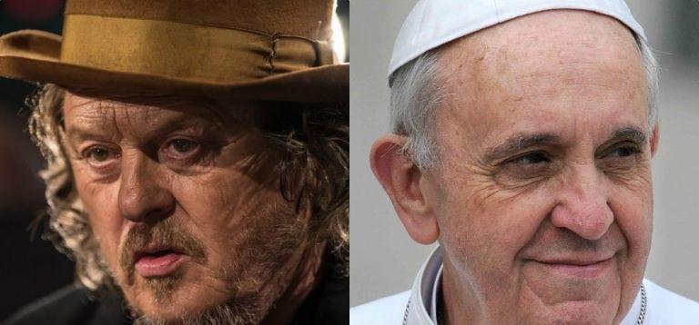 """Zucchero contro il Papa sui migranti: """"Sbatta i pugni con Macron e Merkel invece di…"""""""