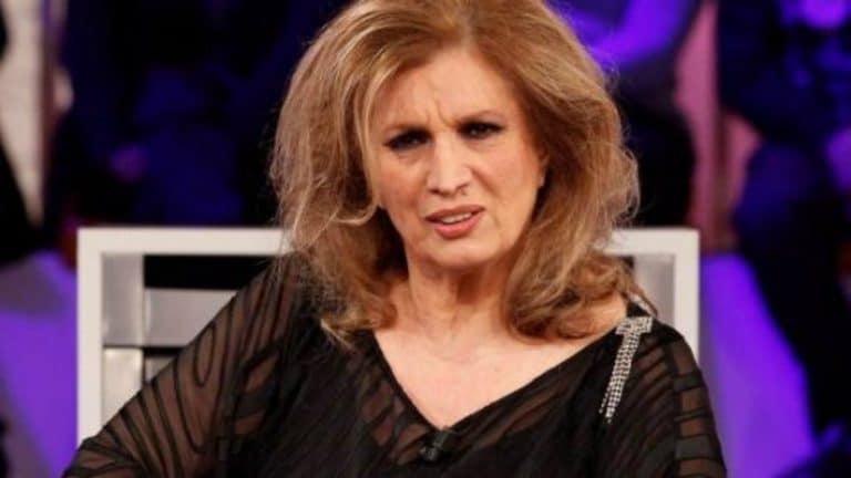 Paura per Iva Zanicchi: la cantante è stata derubata, ecco l'appello straziante sui social