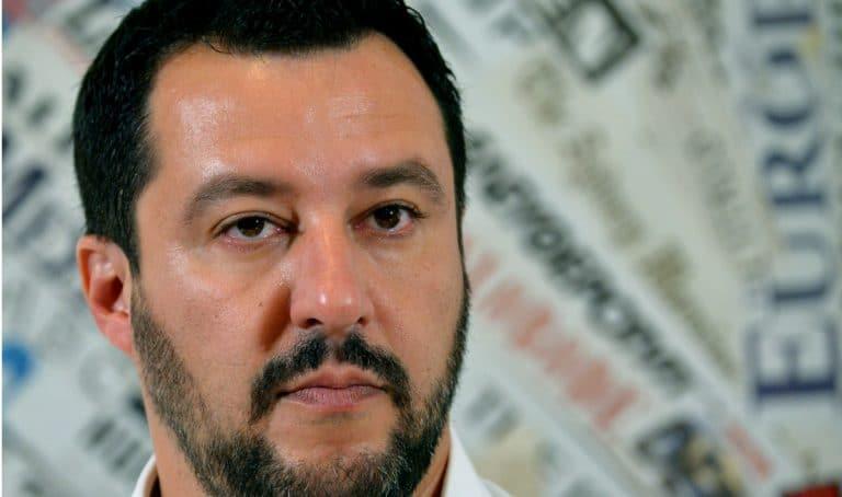 Paura per Matteo Salvini, il Ministro aggredito da un immigrato