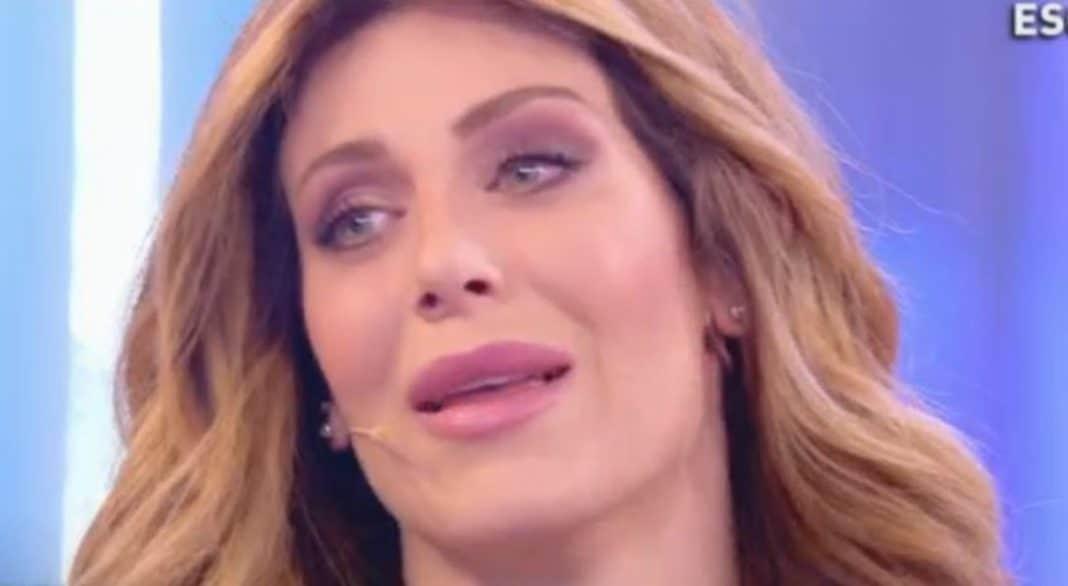 Paola Caruso, l'ex bonas, incinta: