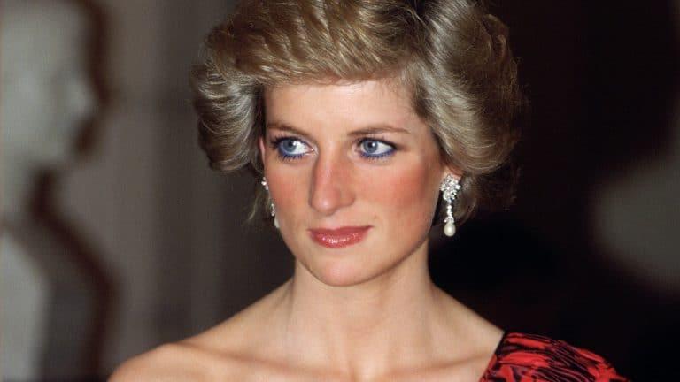 Lady Diana costretta a dormire a terra: la confessione inedita e sconvolgente