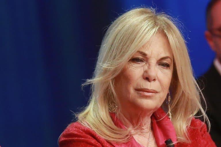 'Tanto dolore, ora la pace…': Rita Dalla Chiesa e lo sfogo dopo 'l'aggressione' degli haters (Foto)