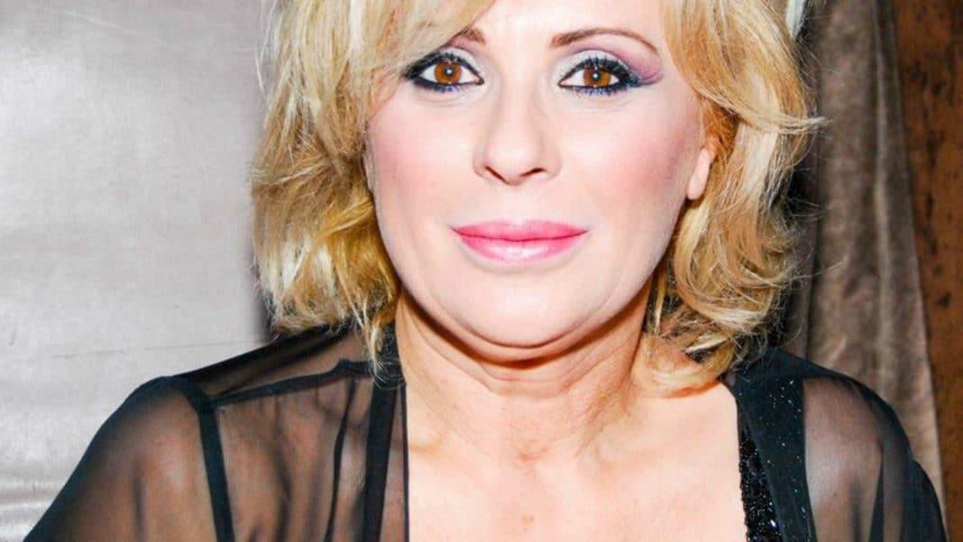 Tina Cipollari, primo bacio pubblico con il suo boyfriend Vincenzo