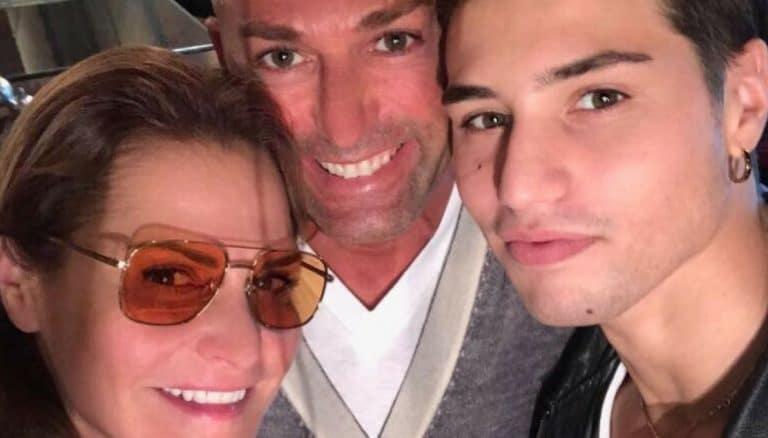 'Scrivete solo put**nate…': Il figlio di Simona Ventura sbotta sui social