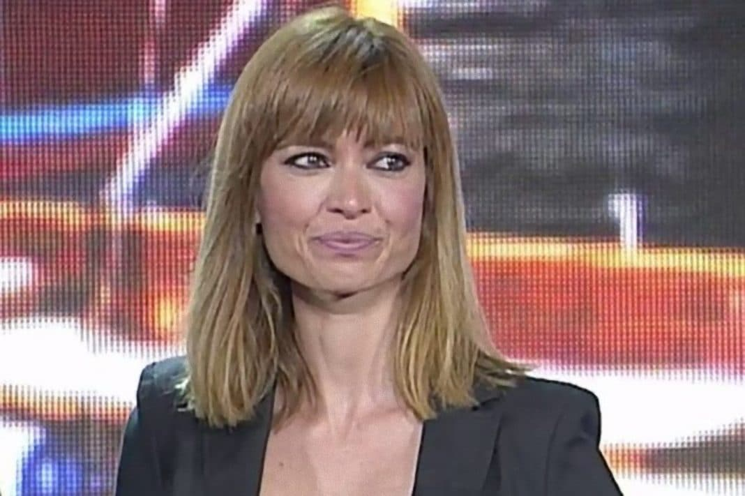 Fabrizio Frizzi, le lacrime in diretta di Carlotta Mantovan