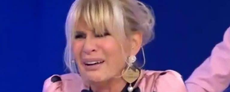 Anticipazioni Uomini e Donne, puntata di oggi 22 ottobre: il pianto disperato di Gemma e l'abbandono dello studio