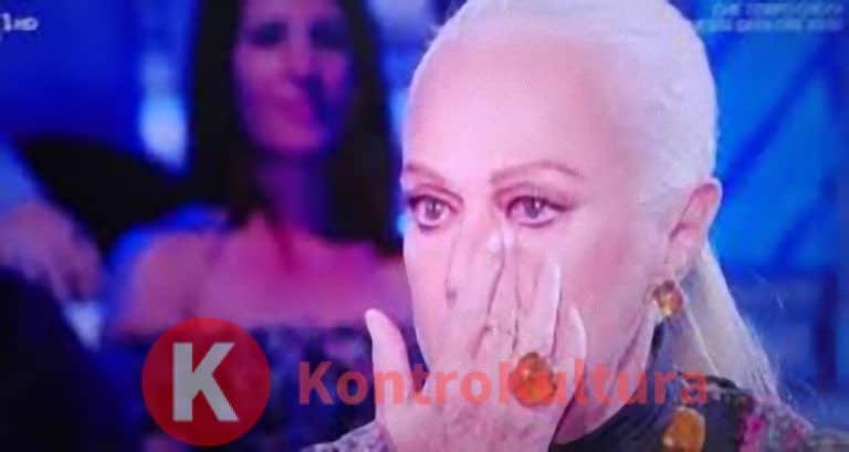 Tale e Quale Show, Carlo Conti fa piangere Loretta Goggi: ecco il motivo