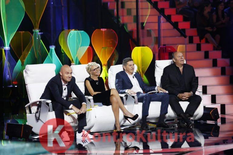 Sospeso Tu si que vales: la decisione di Mediaset e Maria De Filippi sulla messa in onda