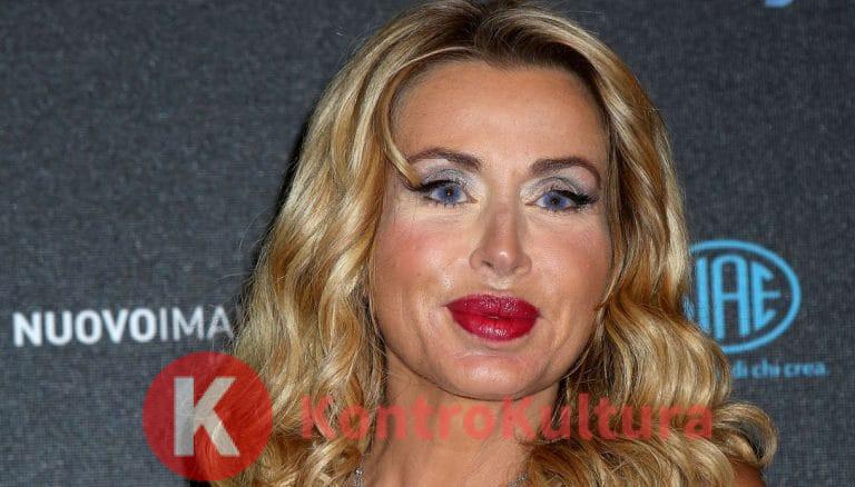 Valeria Marini scatena il panico dal parrucchiere: interviene la Polizia – Foto