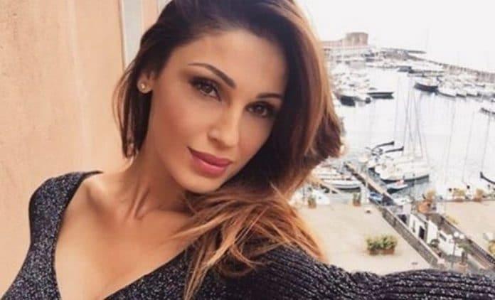 Anna Tatangelo confessa: 'Devo farlo tre volte a settimana se no non sono felice'