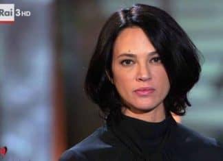 """Asia Argento indecente con Salmo: """"Ti do 20 mila per ficcarmelo dentro"""""""