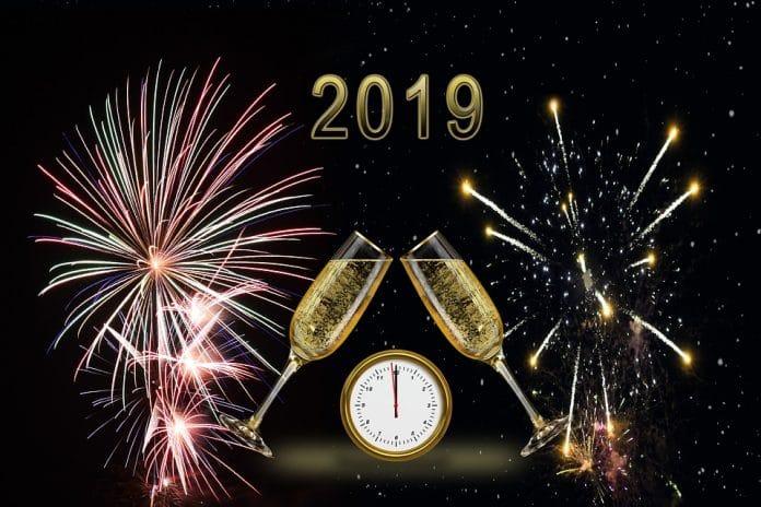 Capodanno 2019 su Canale 5 scaletta e artisti: presenti Ermal Meta e Fabrizio Moro