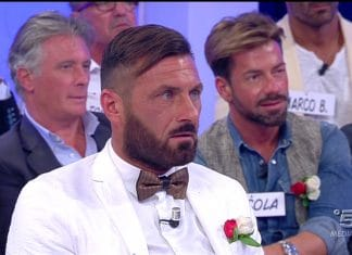 Uomini e Donne, Sossio Aruta senza dignità nel videoclip 'Che scema io'