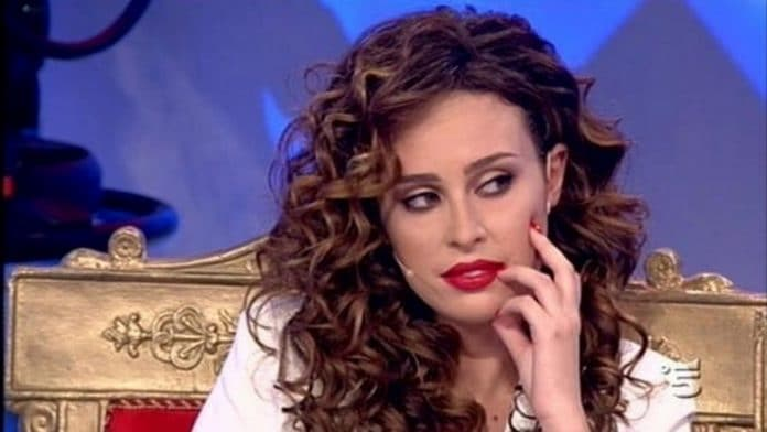 Sara Affi Fella e l'intervista a 'Chi':