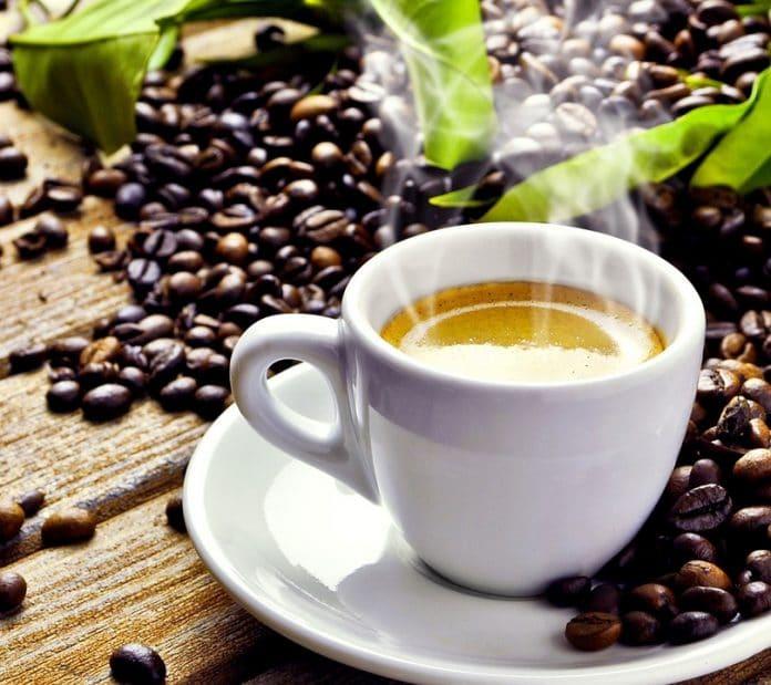Caffè quante tazzine berne al giorno