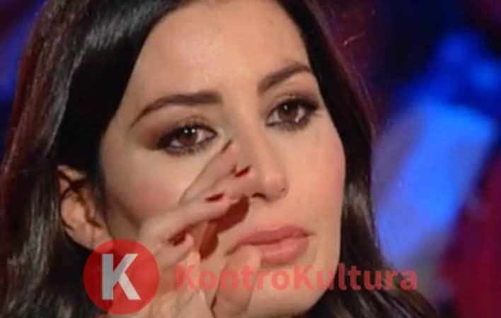 Elisabetta Gregoraci scoppia a piangere in diretta: 'Un tumore l'ha…