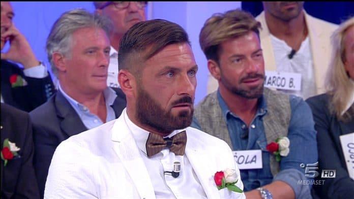 Uomini e Donne, Valeria Marini brutalizzata da Sossio: 'Fatti una vita, sfigata'