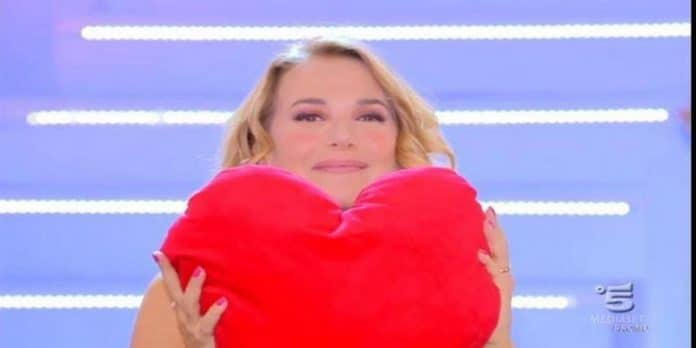 Barbara d'Urso guadagna 8 mila euro a puntata? 'Ho 8 mutui da pagare'