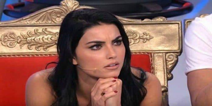 Uomini E Donne: Teresa Langella beccata in lacrime alla scelta