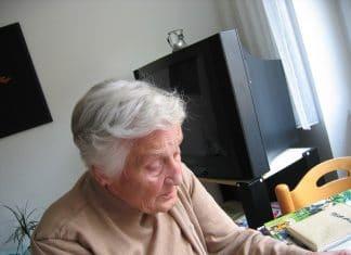 Alzheimer potrebbe essere causato da una infezione alla gengiva