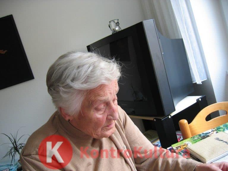 Alzheimer, la causa potrebbe essere un batterio che infetta le gengive